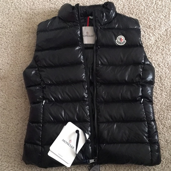 5e16eedf8 NWT Moncler Ghany Shiny Puffer Vest Black sz 0 NWT